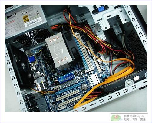 AMD X4 Athlon II 630 超便宜四核心@全新組裝電腦開箱文