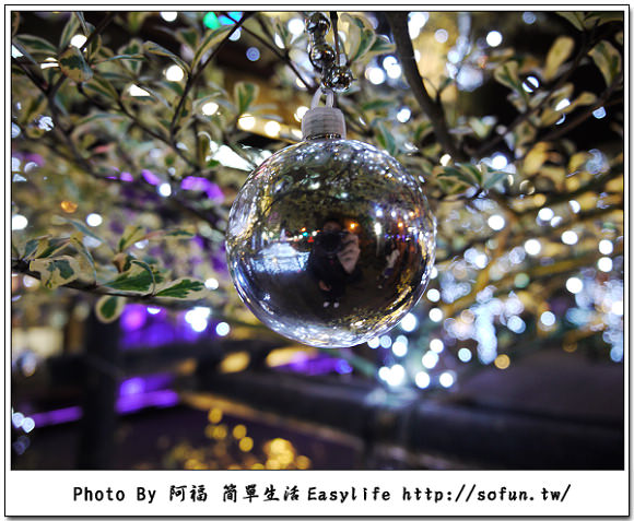 [攝影] 台北信義商圈。聖誕節夜晚幸福浪漫時刻 GF1+14-42X 隨手拍